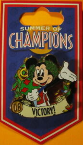 WDW DISNEY WORLD 2008 Summer of Champions Mickey Mouse VICTORY! PIN - PP #63403