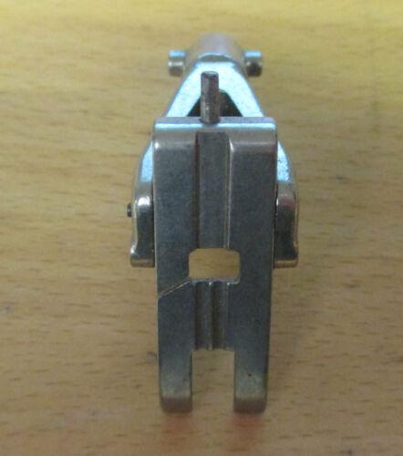 Bernina Old Style Straight Stitch Foot 530 730 830 930 No 013