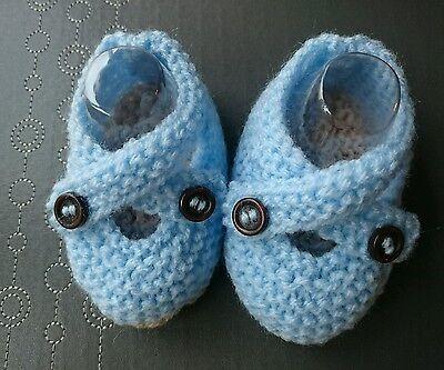 Hand Knitted azul con suela de color Beige Zapatos de bebé recién nacido 0-3, 3-6 o reborn