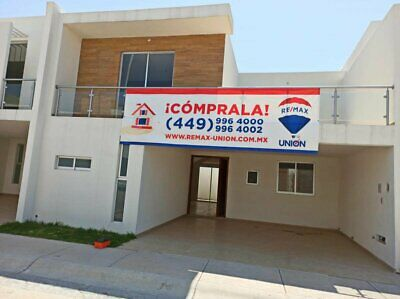 Casa en venta en Fracc Loretta nueva