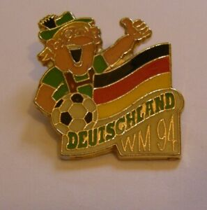 WORLD-CUP-94-USA-SOCCER-GERMANY-Limited-Edition-500-vintage-pin-badge-Z8J