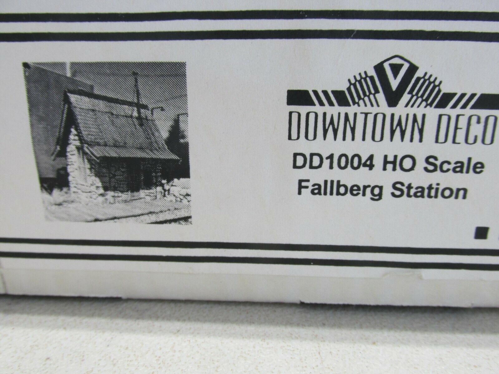 DOWNTOWN DECO  DD 1004 FALLBERG STATION BUILDING KIT  HO SCALE