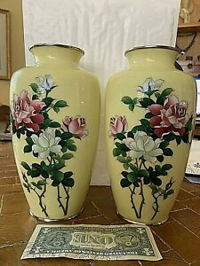 """MIRRORED PAIR Extraordinary 9.5"""" Japanese Silver Wire Cloisonne Vases"""