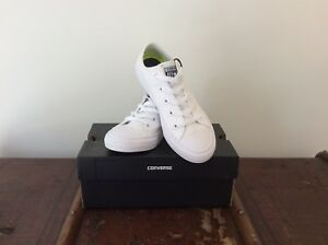 White-Canvas-Unisex-Converse-Chuck-Taylor-Youth-U-K-1