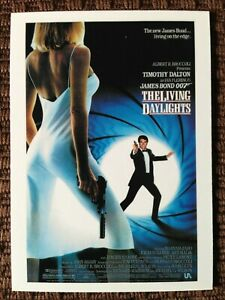 James-Bond-limited-Edition-9-card-trading-card-set-034-The-Living-Daylights-034