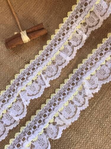 White//Lemon Gathered Lace Double with Eyelet 2.5 inch//6.5 cm
