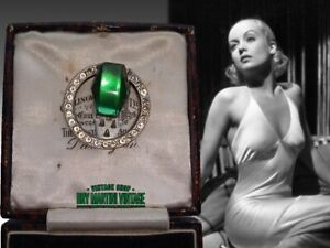 VINTAGE-ART-DECO-1930s-SIGNED-CZECH-VAUXHALL-GLASS-EMERALD-RHINESTONE-DRESS-CLIP