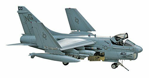 Hasegawa 1 48 A-7D E Corsair II Model Kit NEW from Japan
