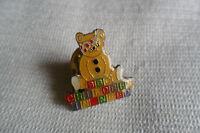 BBC Children In Need charity Pudsey Bear Bricks '86 pin lapel badge,free u.k.p&p
