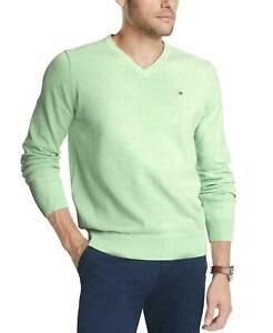 Tommy-Hilfiger-Mens-Signature-Regular-Fit-Solid-V-Neck-Sweater-Green-Ash-Small