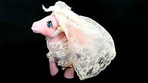 Satin N Lace Lavender Wedding G1 Vintage My Little Pony With Accessories