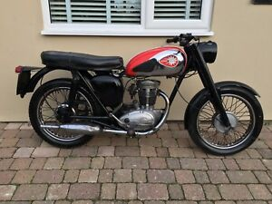 Bsa-C15-250-cc-1963-55-year-old-classic-Barn-find-project