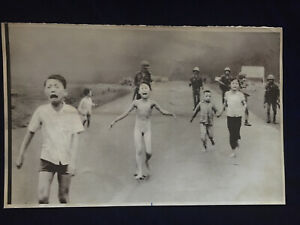 FB reverses decision to censor iconic photo of Vietnam War