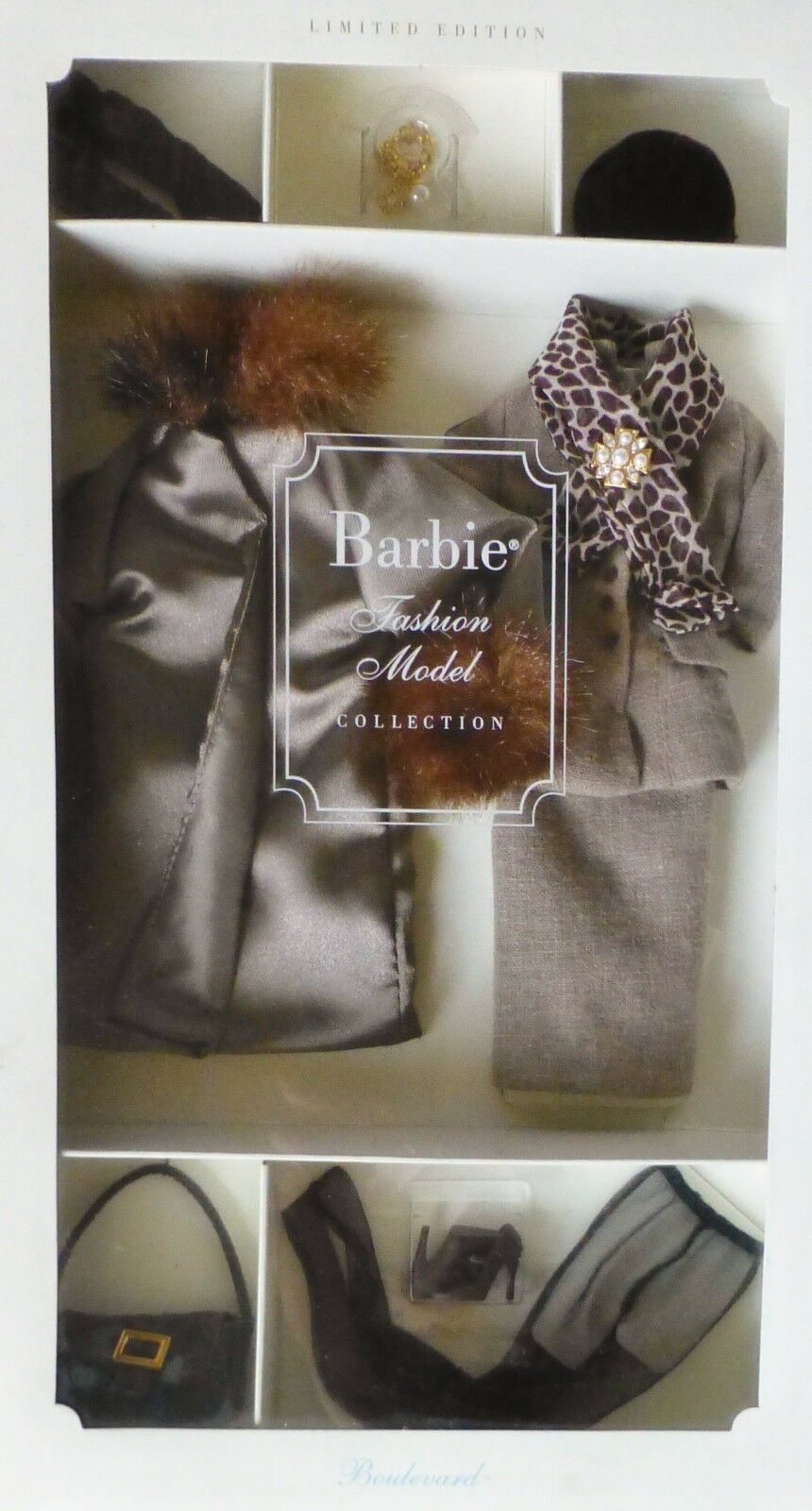 BARBIE Boulevard Fashion Model Silkstone COLL 2001 NRFB