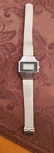 Vintage-Timex-H-Cell-Digital-Quartz-Rare-Vintage-Watch-1980-039-s-Mens-needs-battery
