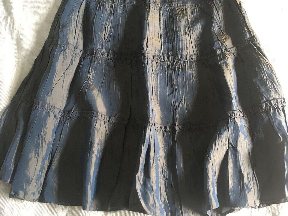 Flot nederdel med fluorescerende skin, str. 36, H&M - se mål
