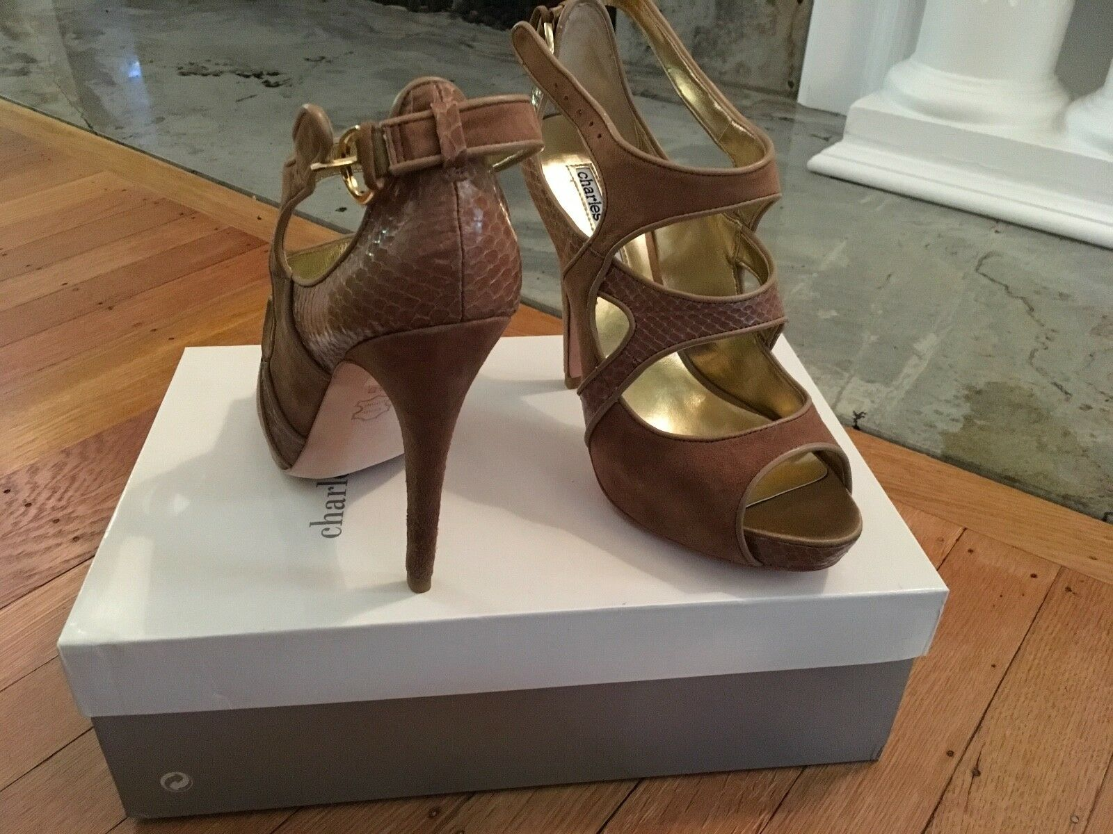 Charles David Camel Combo Sassy leather heels 6.5 New In Box