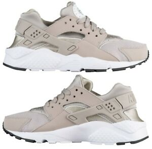 8303e44c284 Image is loading NIKE-HUARACHE-RUN-BOYS-SPANDEX-RUNNING-COBBLESTONE-WHITE-