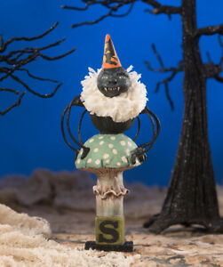 Bethany-Lowe-SPIDER-ON-TOAD-STOOL-Figure-Designed-by-Debra-Schoch-HH9219