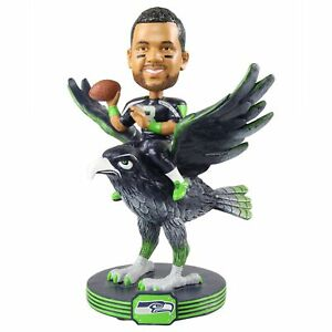 Russell-Wilson-Seattle-Seahawks-Riding-Special-Edition-Bobblehead-NFL