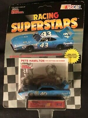 NASCAR Pete Hamilton #40 Petty Plymouth Superbird Racing Champions 1:64 Die Cast