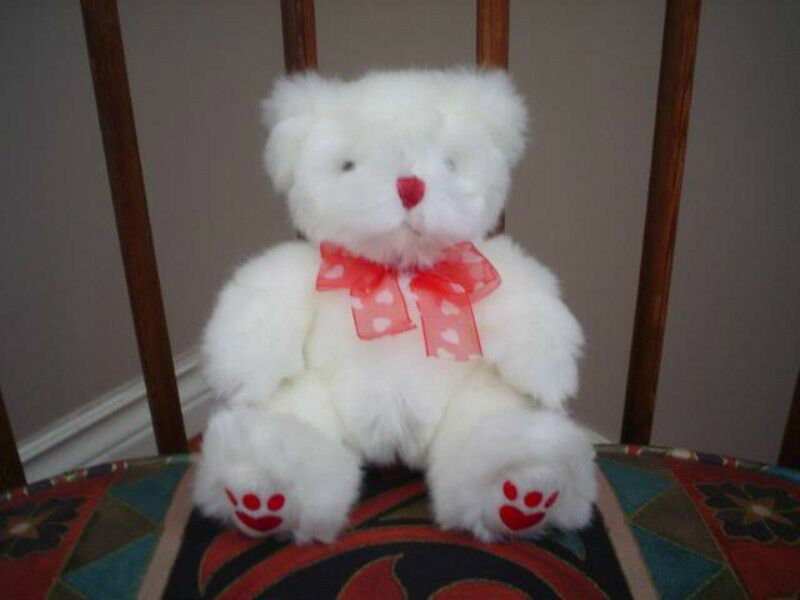 Russ Berrie Heartley 6 Inch Soft Weiß Plush Bear 2901S