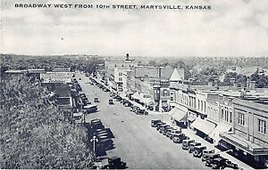 Marysville Kansas Broadway West from 10th Street Antique Postcard (J20543)