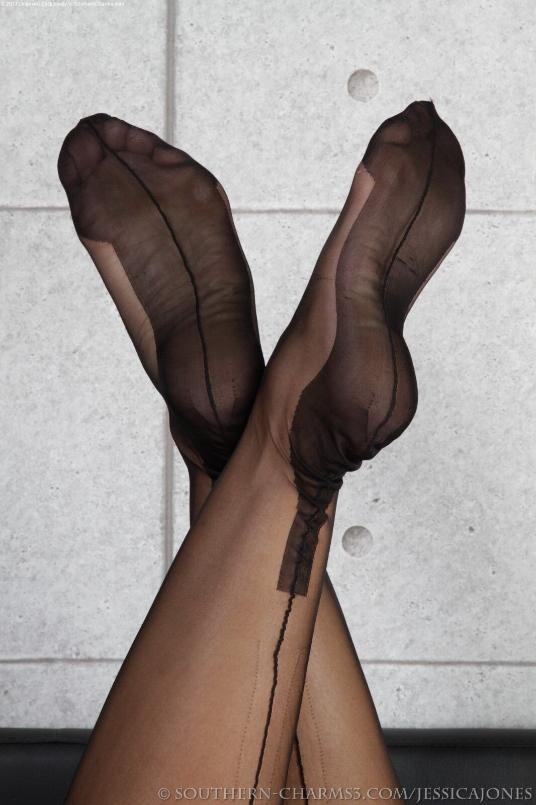 NEW GIO Fully Fashioned Cuban Heel Seamed Nylon Stockings Size Noir Size Stockings 8.5 X Small 5a77f3