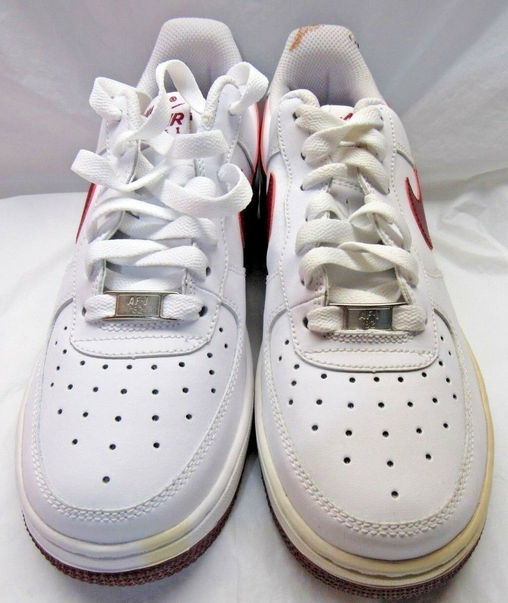 NIKE 314192-165 AIR FORCE 1 (GS) White upper Red Sole Sneakers Size 5.5Y