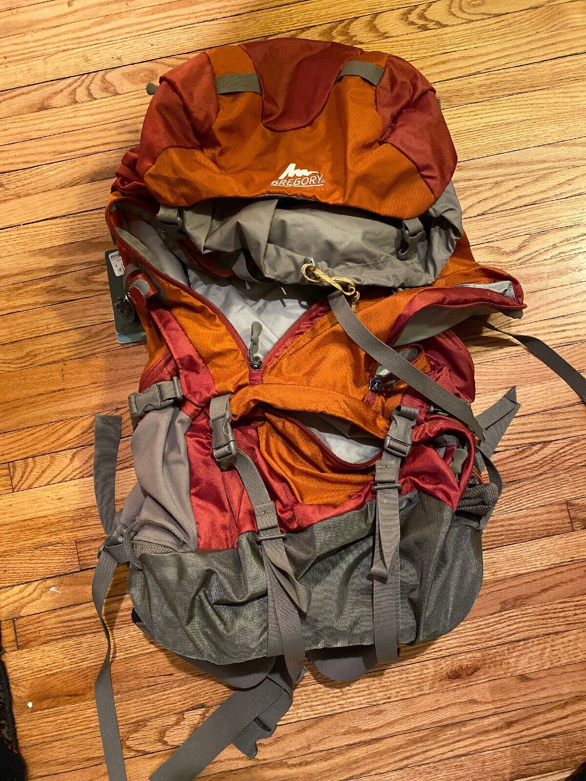 NWT Gregory Deva 60 damen's Framed Backpack Größe Medium