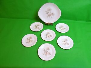 Royal-Doulton-Yorkshire-Rose-Cake-Plate-amp-6-Side-Plates