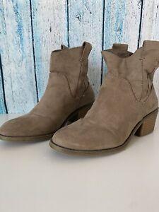 Target Women Brown Boots US 7   eBay