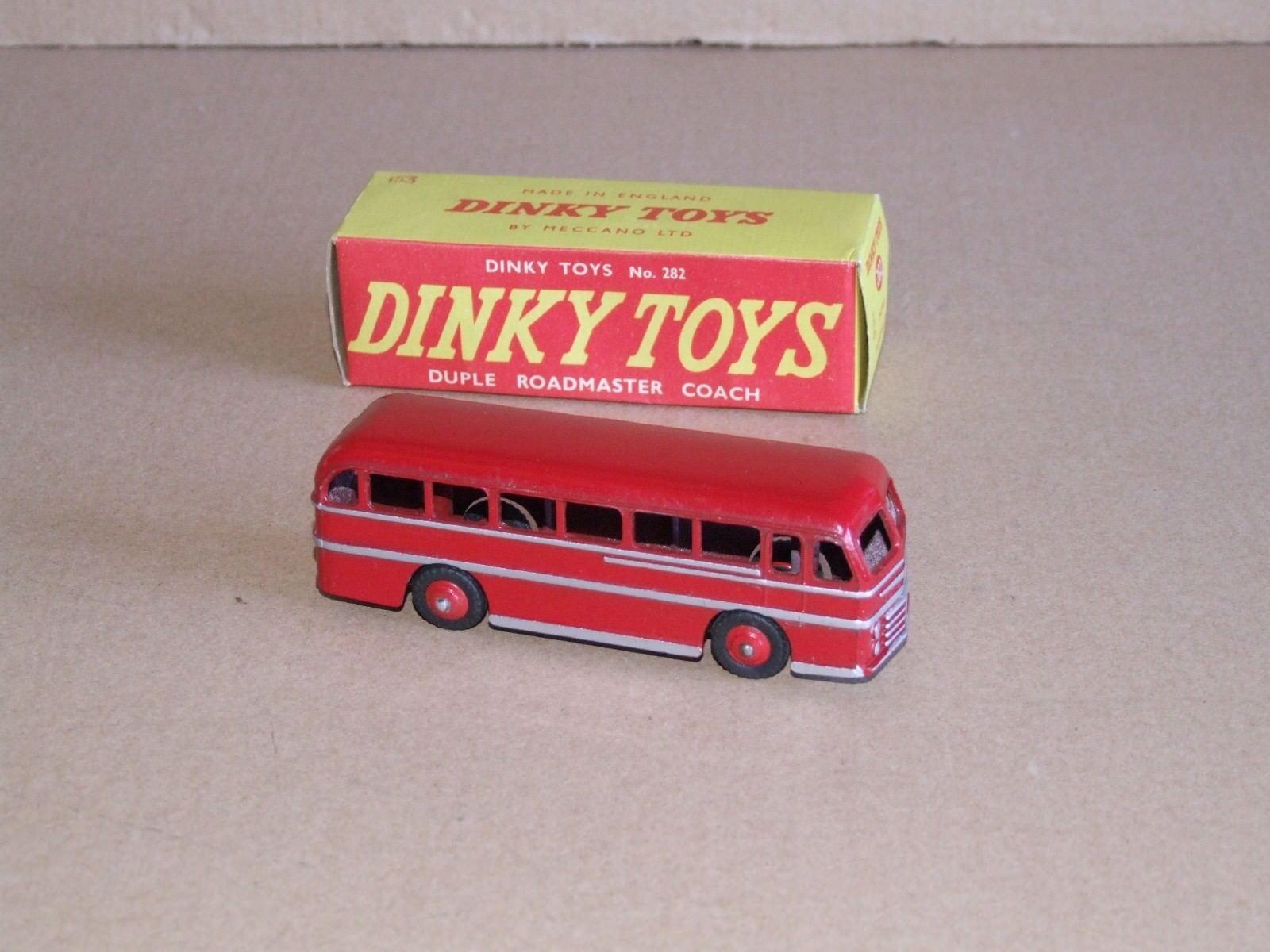 Dinky 282 Duple Roadmaster entrenador