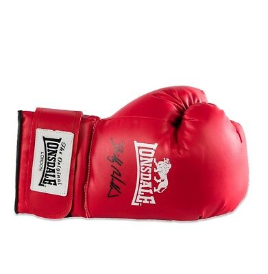 Billy Walker Signed  Lonsdale Boxing Glove Comes With Coa