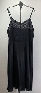 Vtg Vanity Fair Womens Full Slip Nylon Stretch Lace Black USA Size Medium