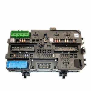 image is loading fuse-box-13181278-ref-761-05-vauxhall-astra-