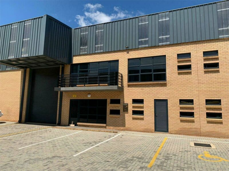 Immaculate and newly build unit To Let in Klipriver Business Park