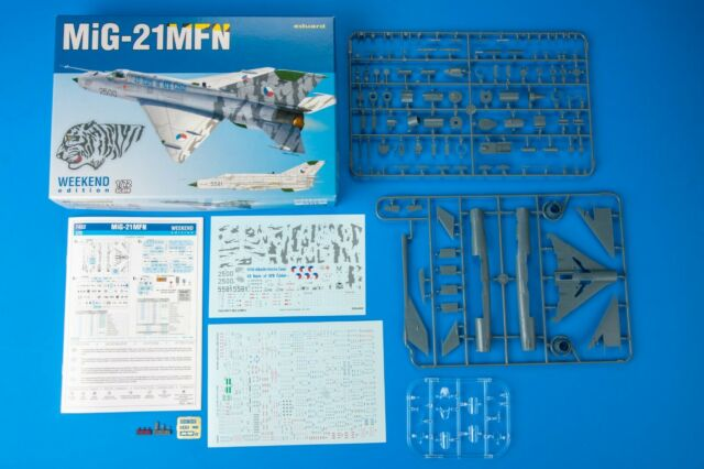 EDUARD 7452 MiG-21MFN Fighter Bomber in 1:72