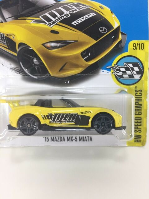 Hot Wheels 2016 HW Mild to Wild 2010 Ford Mustang GT Yellow Dhp85