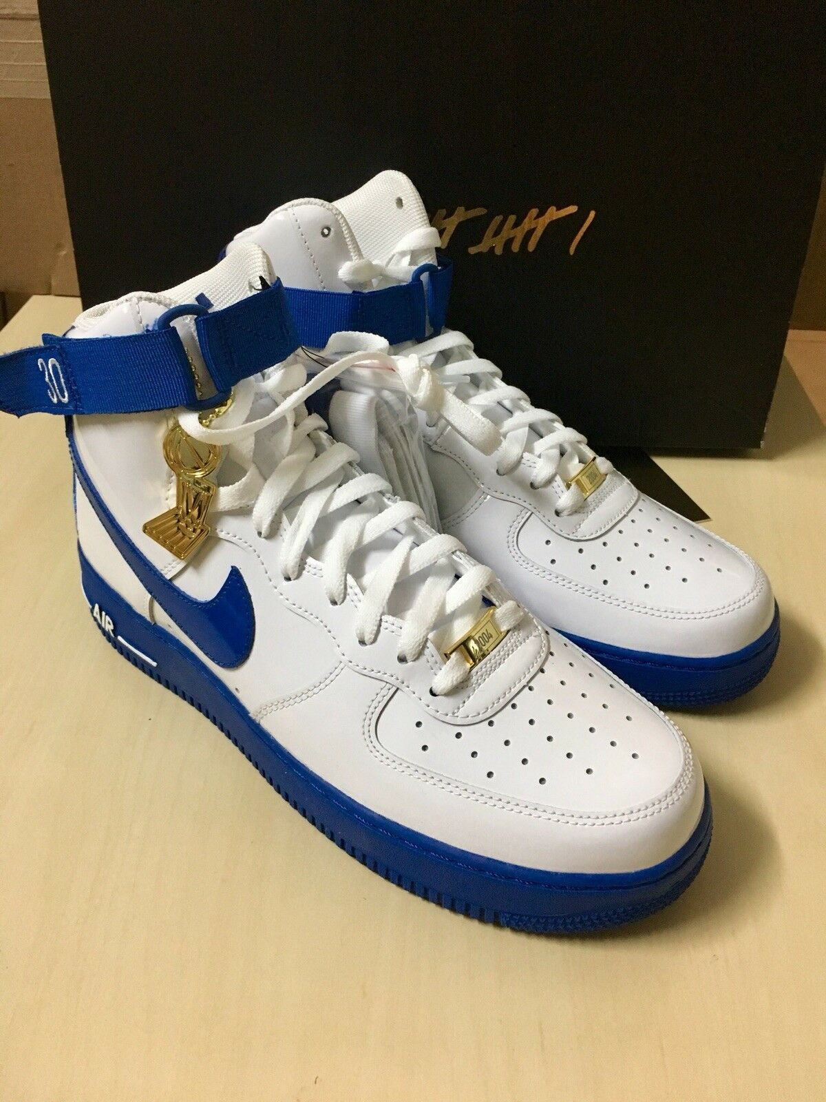 Brand New Nike Air Wallace Force 1 High Rasheed Wallace Air US 9.5 White Champion Patent 2f829f