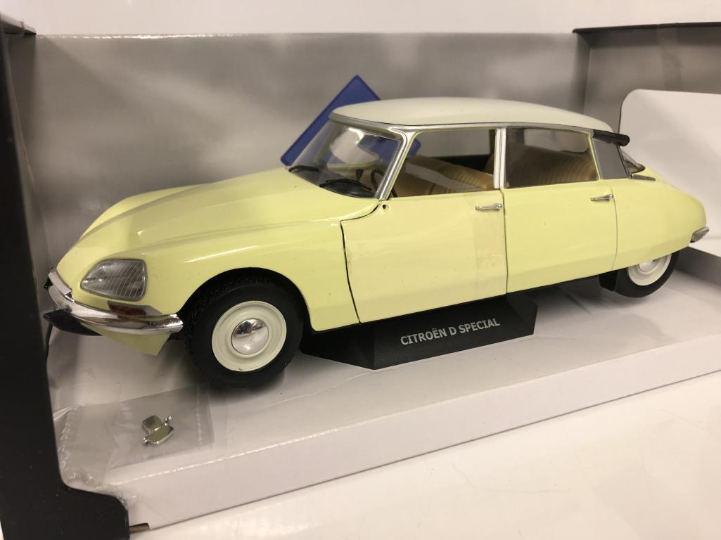 CITROEN D SPECIAL 1972 Jaune jaune Panama échelle 1 18 Solido S1800704