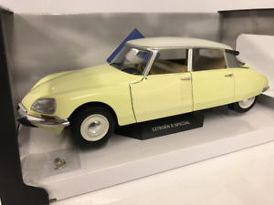 Citroen D Special 1972 Yellow yellow Panama 1 18 Scale Solido S1800704