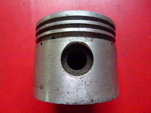Piston moteur BERNARD W110 NEUF diamètre 65,5