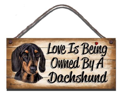 WOODEN SIGN DOG BLACK /& TAN DACHSHUND  PET LOVER  GIFT PRESENT