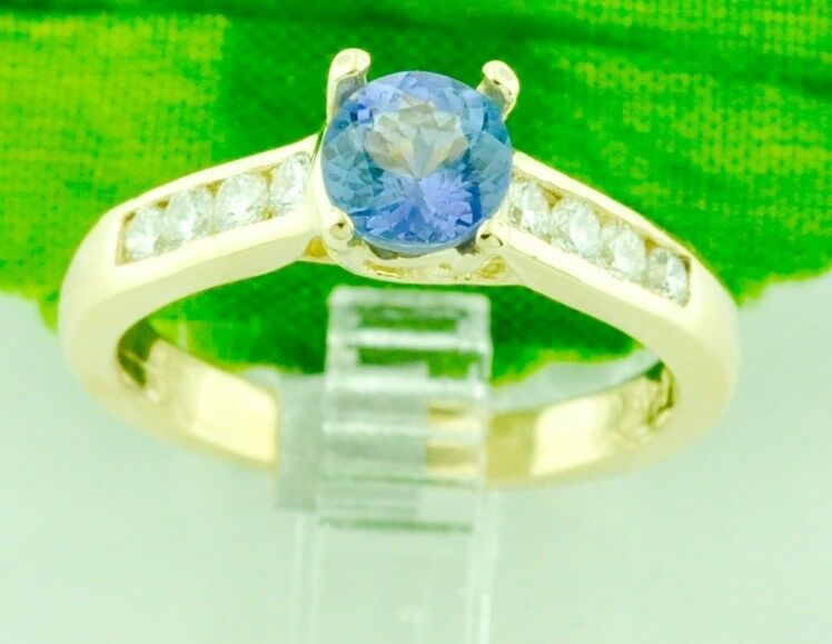 1.15 ct 14k Solid White gold ladies  AAA Natural Tanzanite & Diamond Ring