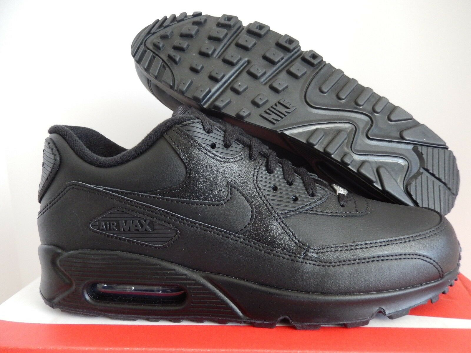 NIKE AIR MAX 90 LEATHER BLACK-BLACK SZ 9 [302519-001]