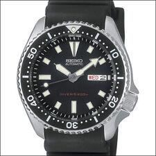 Seiko Black 21-Jewel Automatic Dive Watch with a Black Rubber Strap #SKX173