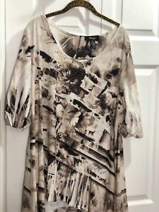 Style-amp-Co-Gold-Studs-3-4S-Tunic-Top-2X-20-22-Brown-Floral-Angled-Hem-46x26x30