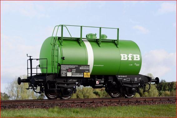 Kiss pista 1 vagones camión cisterna bfb con Weisser bauchbinde colección nuevo