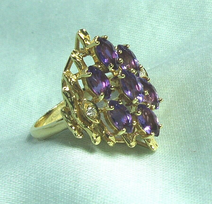 14K Yellow gold Amethyst Cluster Ring w 2 diamonds 5.77 grams size 6 1 2